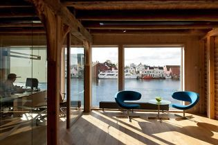 Smedasundet office building in Haugesund (53 images)