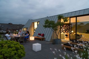 rooftop apartment Dusseldorf (98 images)